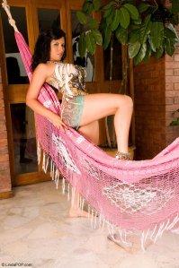 Adriana Cardona, fotos en calzón