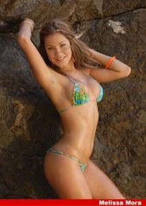 Melissa Mora en bikini
